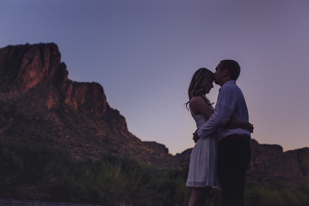 romantic-sunset-engagement-photo