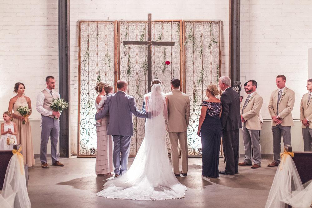 the-croft-downtown-phoenix-wedding-ceremony