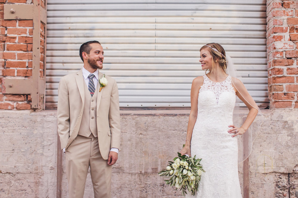 bride-and-groom-downtown-phoenix