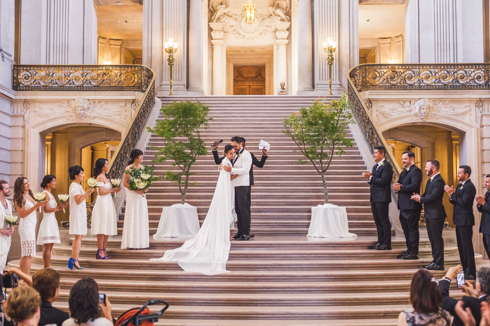 aaron-kes-photography-sf-city-hall-wedding-34.jpg