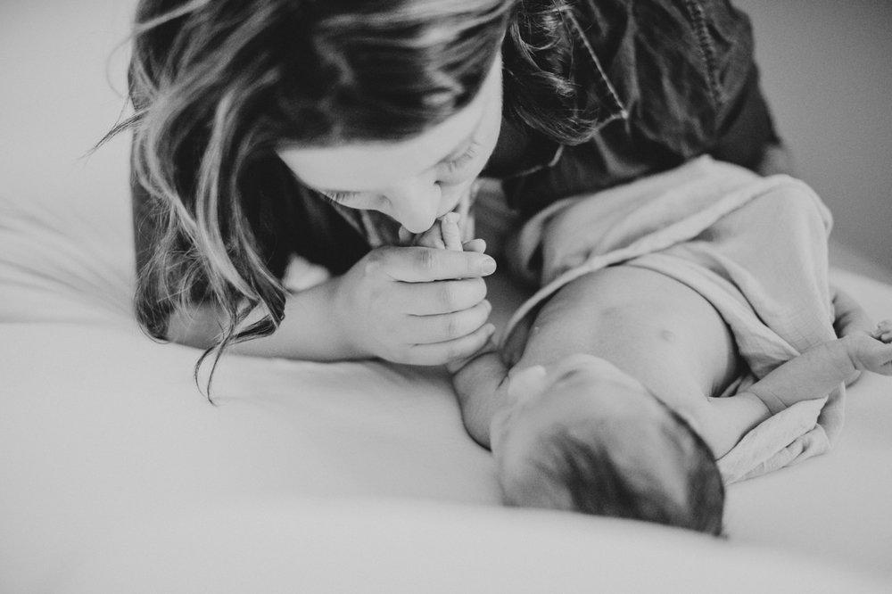 sweet-newborn-photography-aaron-kes
