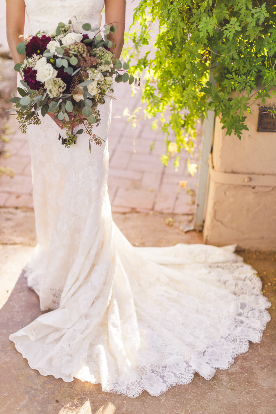 beautiful-dress-shot-wedding-details
