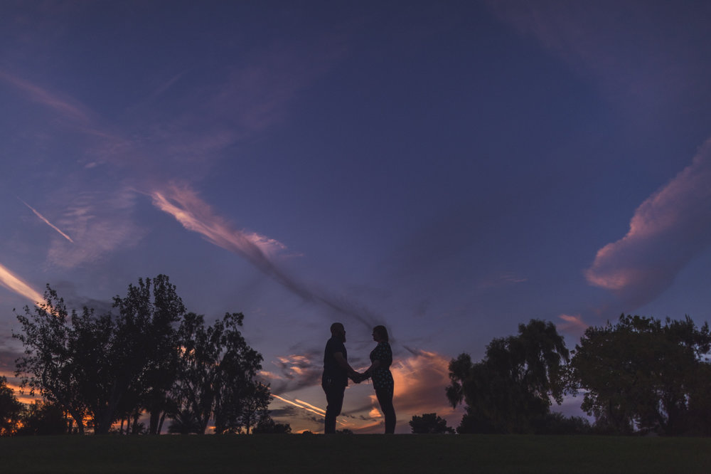 paradise-valley-country-club-engagement-session-sunset