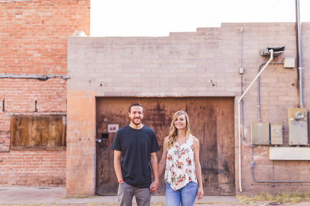 aaron-kes-photography-mill-avenue-tempe-engagement-session-16.jpg