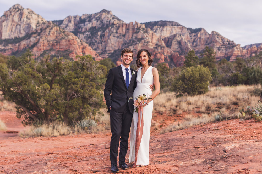 aaron-kes-photography-sedona-intimate-wedding-elopement-11.jpg