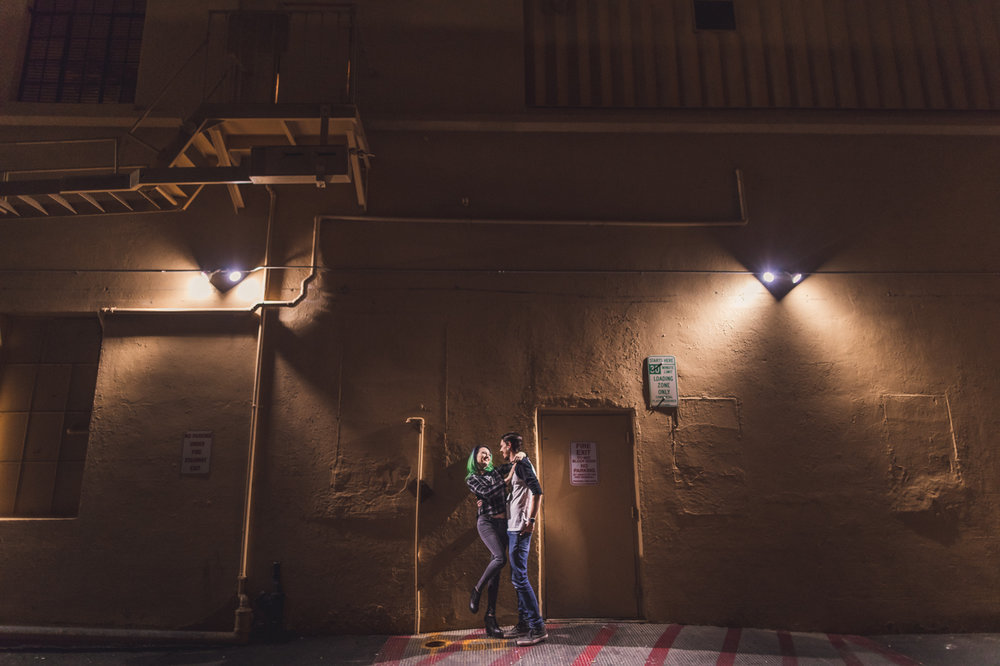 engagement-session-in-alley-at-night