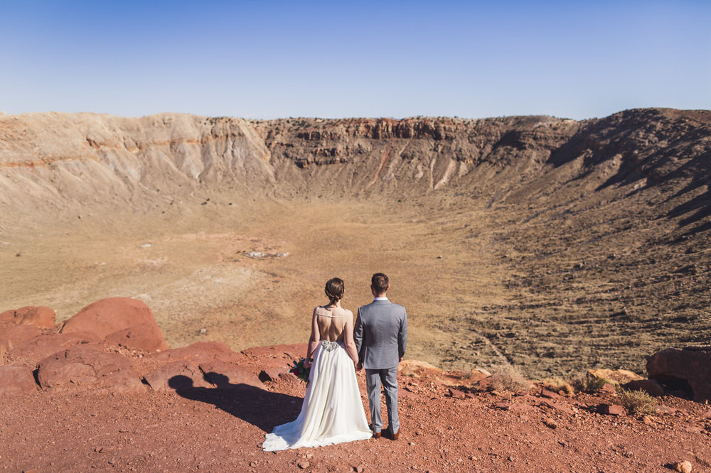 epic-elopement-meteor-crater-az