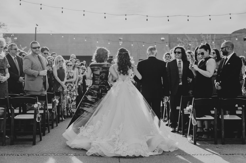 bride-walking-down-aisle-bw