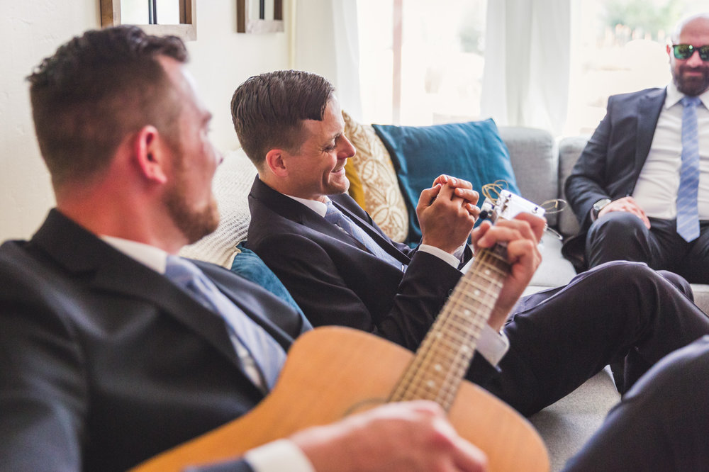 candid-photo-of-wedding-jam-session