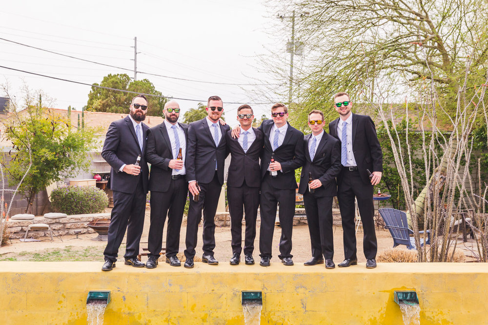 groomsmen-group-portrait-in-backyard