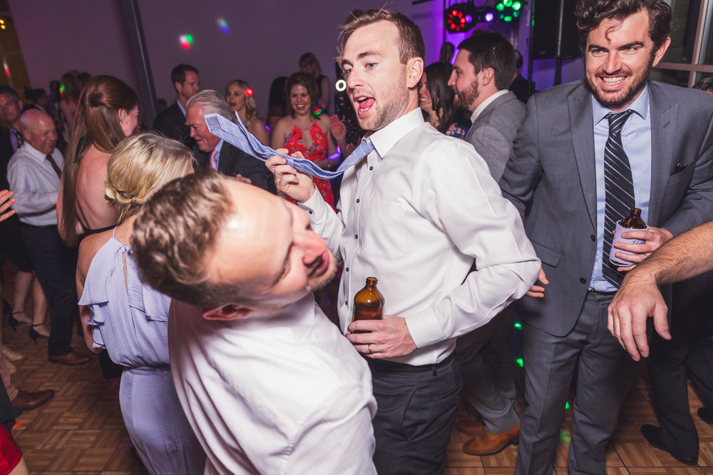 slapping-another-wedding-guest-with-tie
