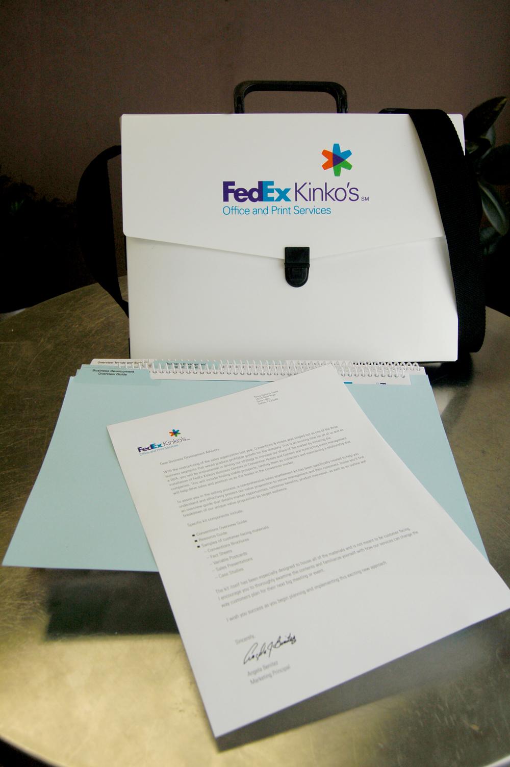 FedExKinkos_BriefcaseKit.jpg