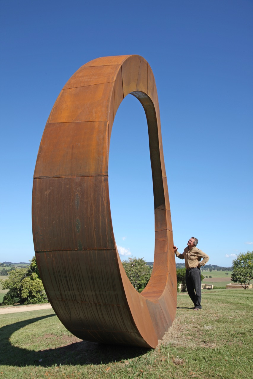 Sculpture, corten steel, 4.5m high