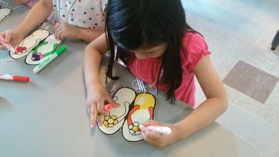 Girl Kids Feet at Kids Camp Girl Coloring