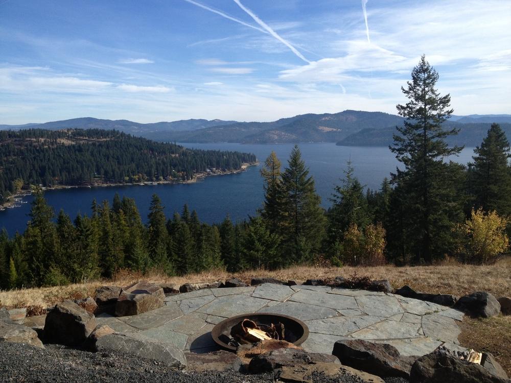 Landscape Boulders Spokane : Fire pits rock placing company
