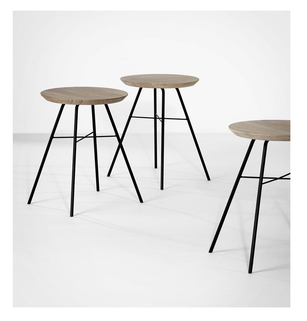 026614 Disc stools.jpg