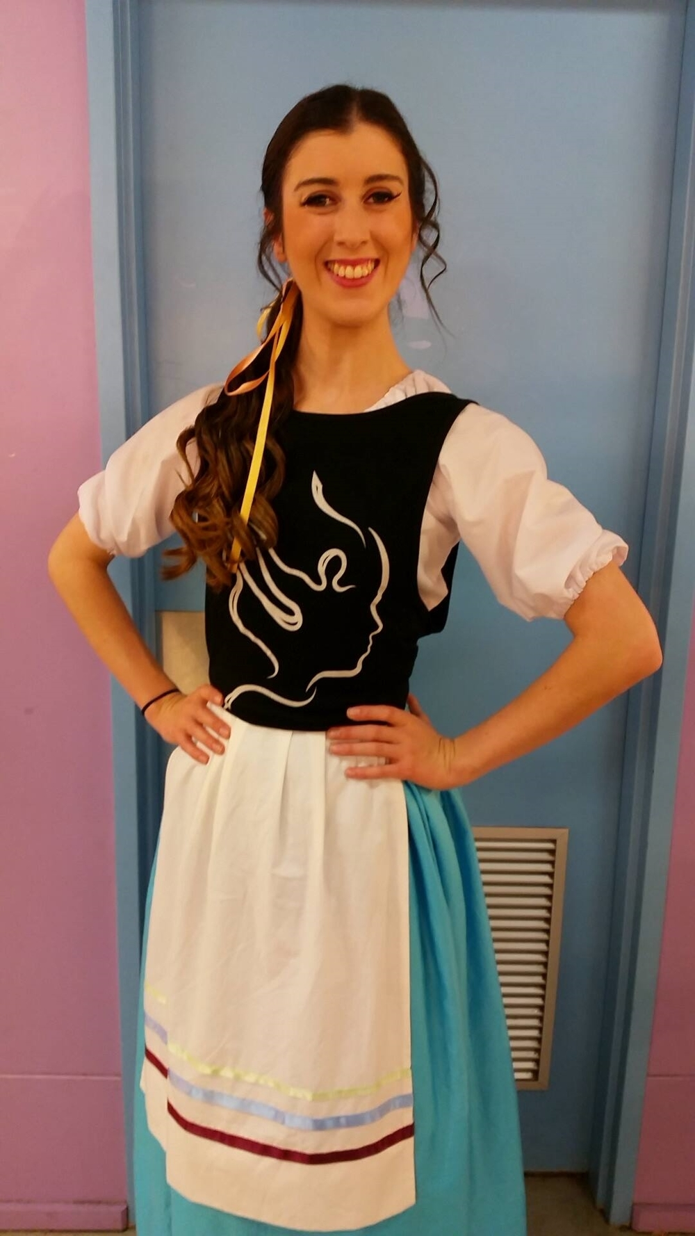 Imogen performing in Gilbert and Sullivan Opera's - The Gondoliers!