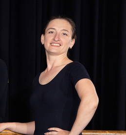 Elizabeth Amirpour