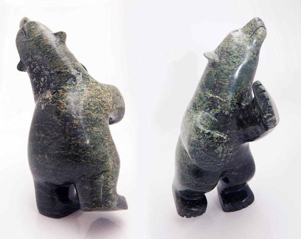 Ein hübscher Kerl ist dieser Bär, den ich von Ursula zum Geburtstag geschenkt bekommen habe. Geformt wurde er von einem Inuit aus Baffin Island (Nordostkanada)