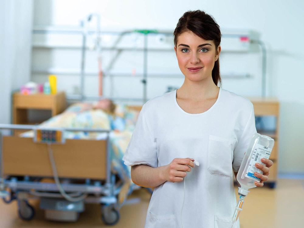 Viola Lorenz, Pflegestudierende