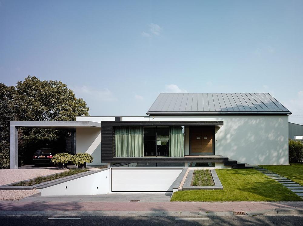 SPLIT LEVEL BUNGALOW NEW STYLE JosetteErik Bob Manders Architecture