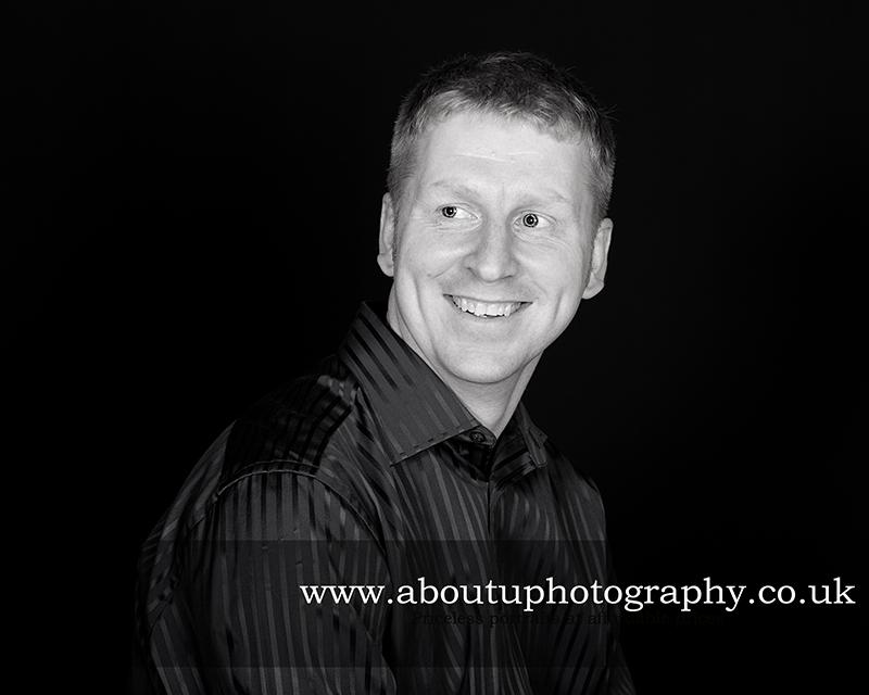 Pete&Danni-engagement-shoot-About u photography-kent_1 (13).jpg