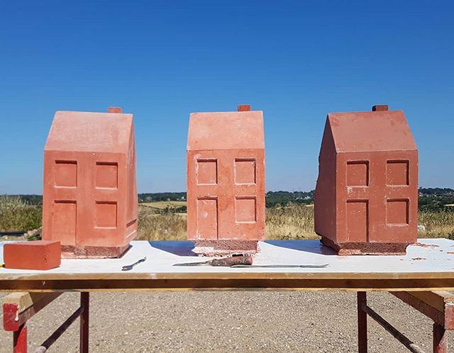 #jesmonite #cast #houses #sculpture #itshot #happyfriday #londonmouldmakers . . . .#London #artfabrication #publicart #nofilter #instadaily #picoftheday #mould #instaart #sunshine