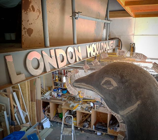 We can finally reveal we've been working on the new 4.5m Tottenham Hotspur #golden #cockerel sculpture . . . #artfabrication #ldnmouldmakers #london #tottenhamhotspur #hotspurs #whitehartlane #thfc #sculpture #football #gold #mouldmaking