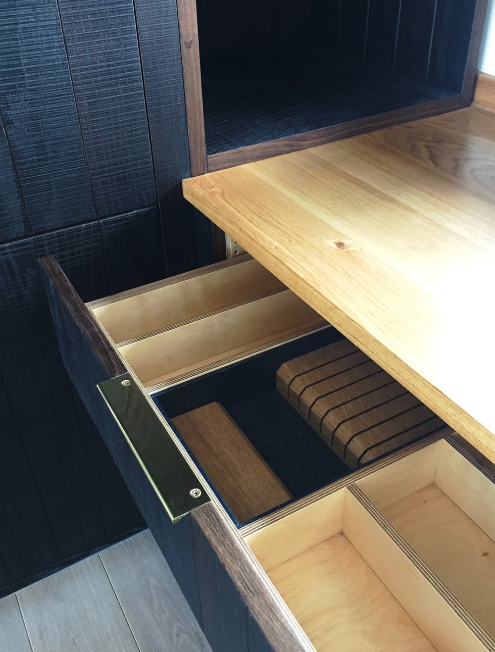 SQ1-Kitchen-fumed-oak-brass draws and cabinets