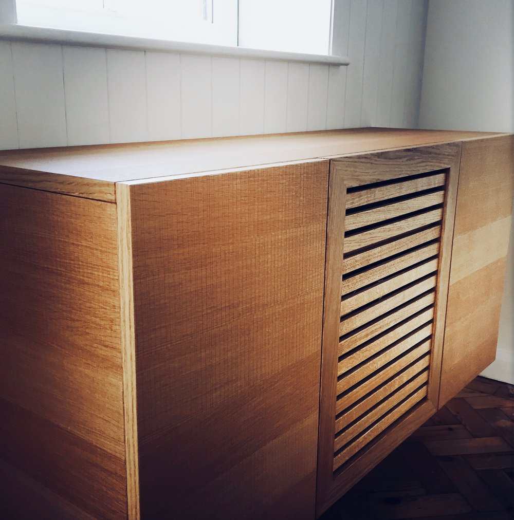 SQ1+AV+STORAGE+OAK+ROUGH+CUT+VENEER+FLOATING.jpg