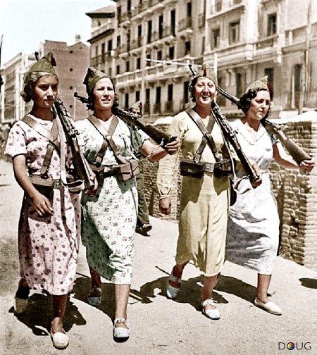 Militia women, Madrid, 1937. Image: Entre Hilos y Cuerdas