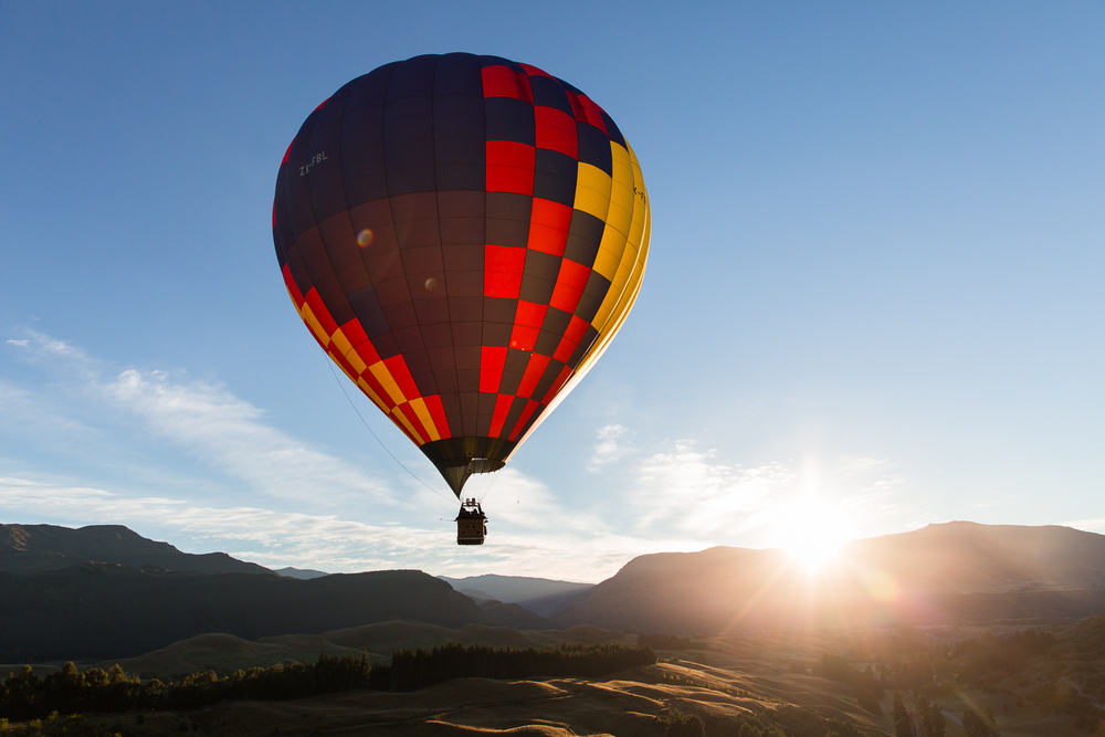 nicolaberryphotography_balloon flight_queenstown_new zealand.jpg