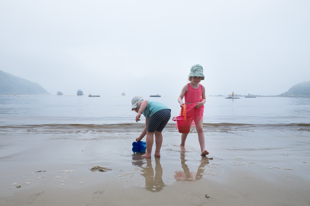 nicola_berry_photography_14_beach_hong kong.jpg