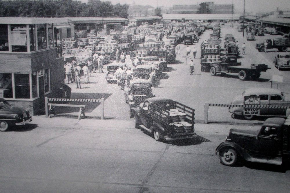 Benton Harbor Fruit Market circa 1950