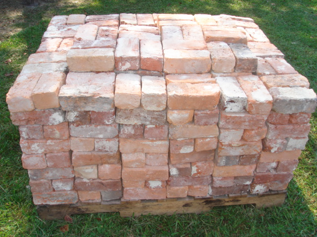 Our reclaimed bricks are sold by the pallet.