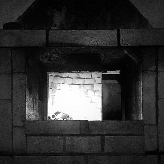 The #fires of the #weekend are dying down. Another week is coming up...more to follow... #weekendvibes #weekend_vibes #fire #woodfired #woodfiredoven #beer #pizza #beerandpizza #darkness #evening #deepglow #brickandstone #brickandmortar #brickoven #adventureisoutthere #darkbeautymag #darkbeautymagazine #night #nightfall