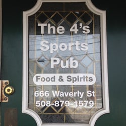 666 Waverly Street   - on-street parking  One of the oldest pubs in Framingham, serving up great burgers and Italian dishes.