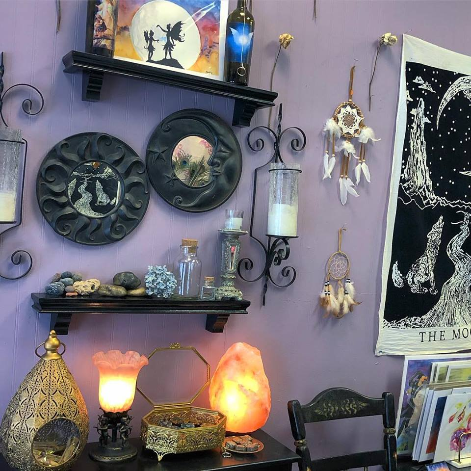 The Serendipity Place - The Serendipity Place will showcase jewelry, crystals, soaps, prints, and local artists creations.Pairs well with: Noonanbach