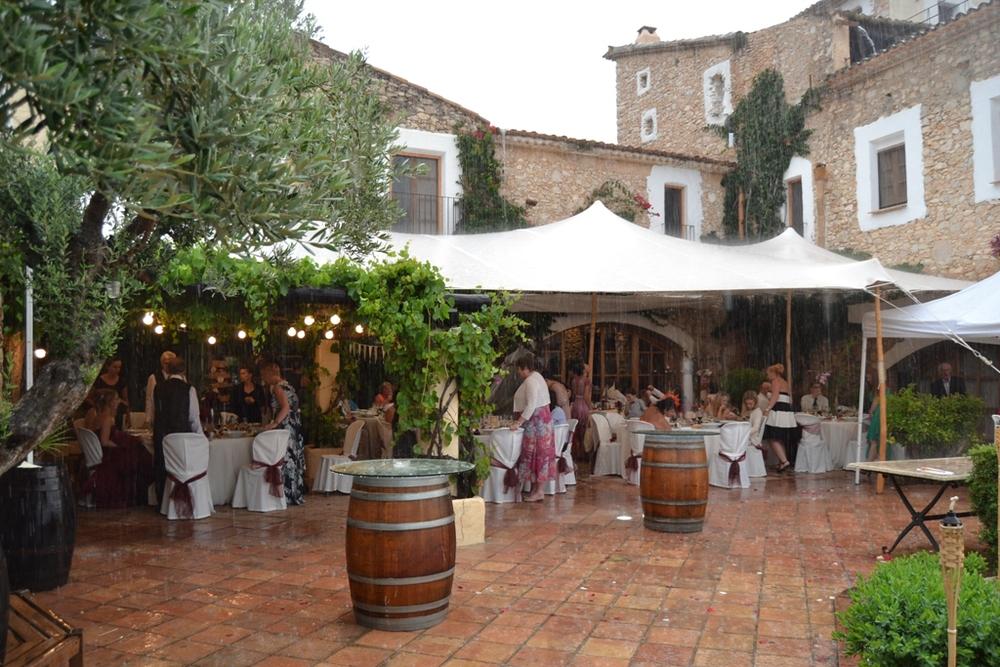 Alquiler de carpa para lluvia en Barcelona y Madrid
