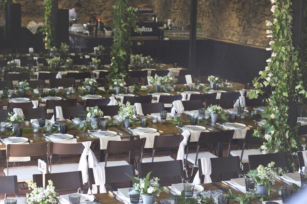 Alquiler mesa rústicas para boda