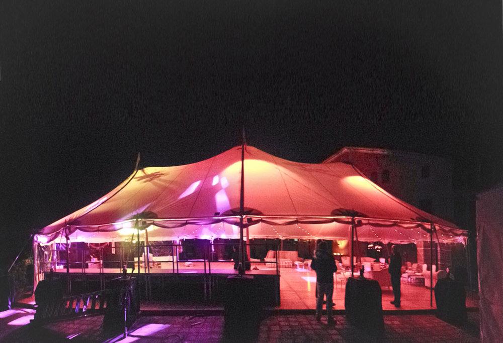 carpas iluminadas para eventos y bodas