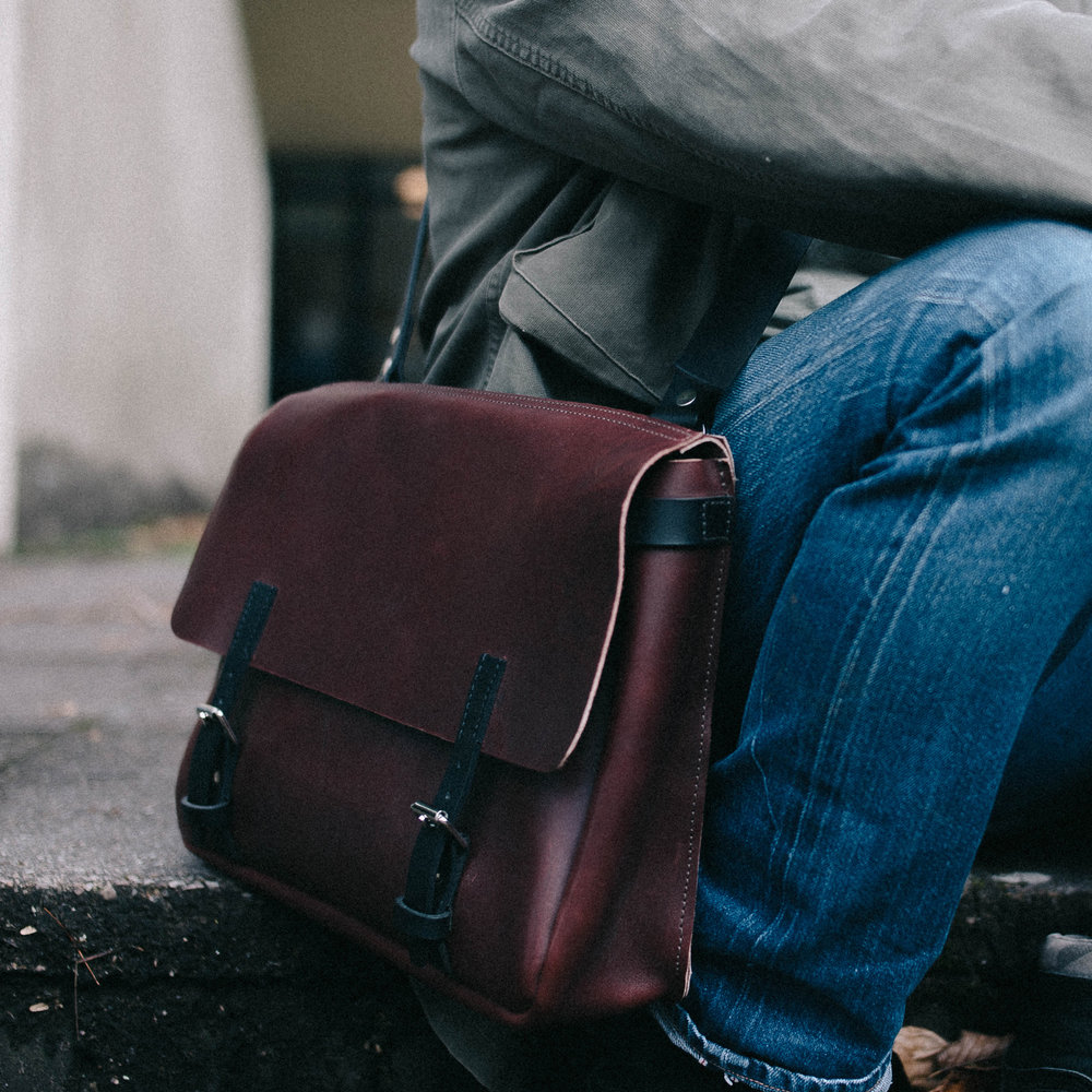 BY ALICE WOOD      byAliceWood create beautiful handmade leather bags and accessories for men and women.