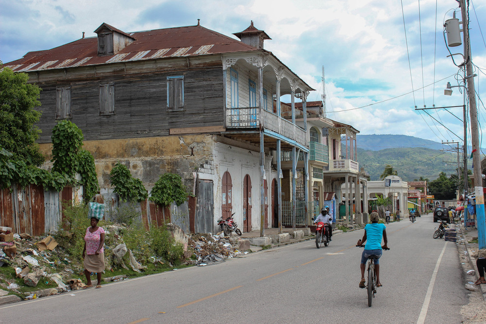 One of the main streets in Petit Goâve.
