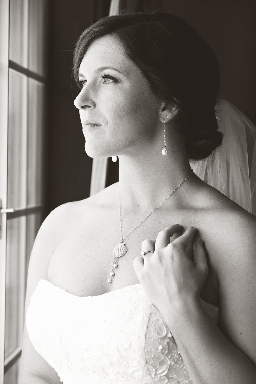 New-Mexico-wedding-bride-portrait-natural-light