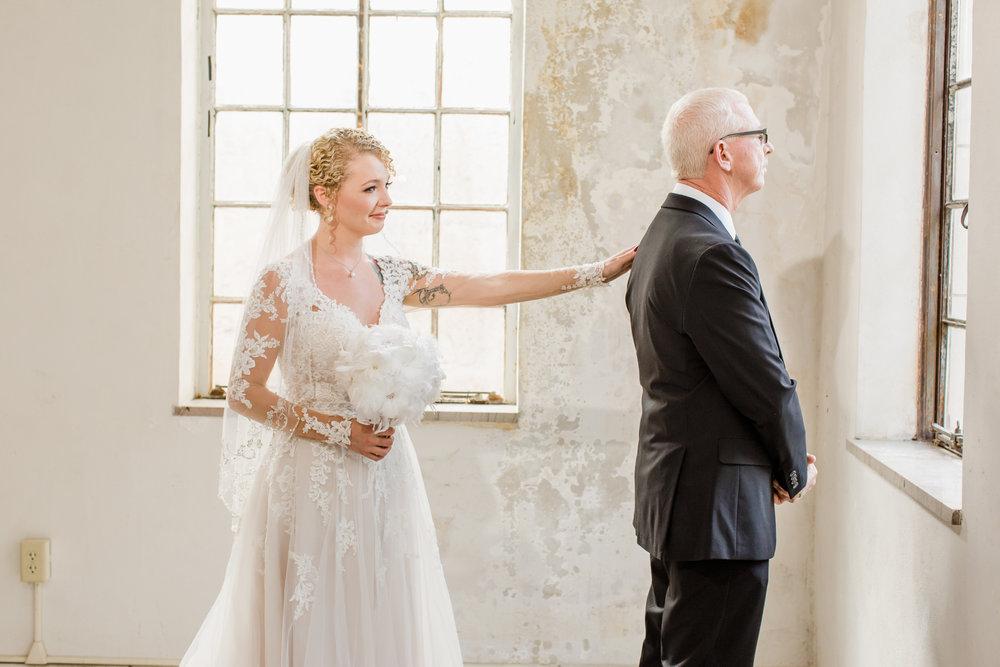 Bride prep Great Gatsby Candoro Marble-24.jpg