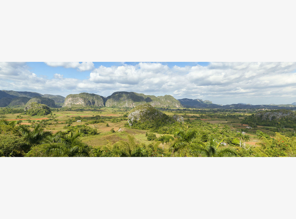 chuck_Cuba, Vinales_MG_0227-0232 Panorama reduced size.jpg