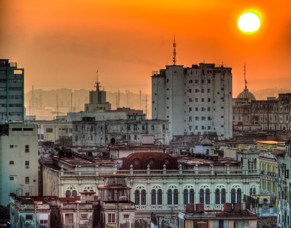 Bill_Barnett_Havana Sunrise.jpg