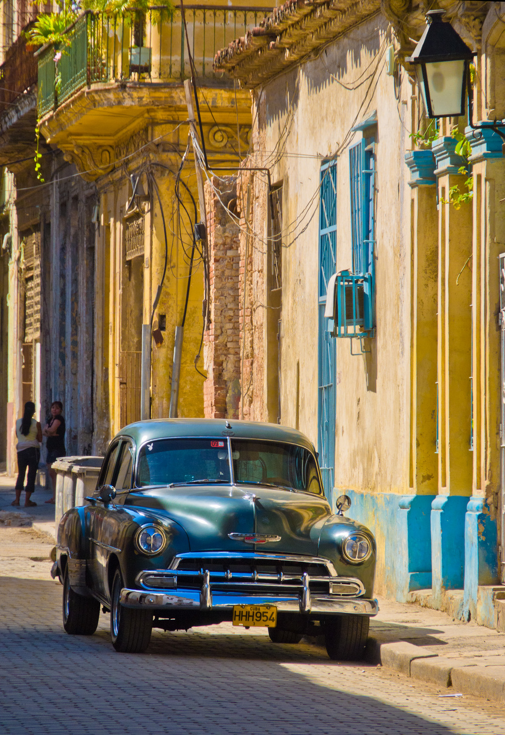 Bill_Barnett_Old Car in Havana.jpg