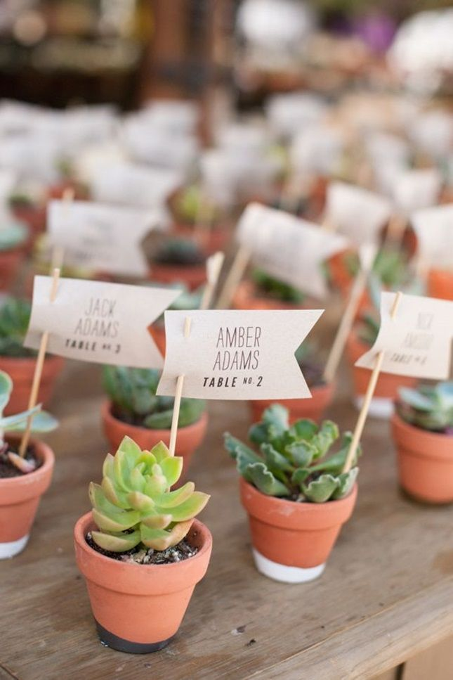 Adorable place card wedding  favors .