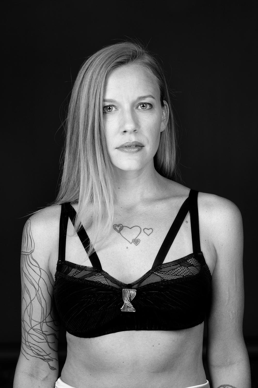 Nikki Dekker